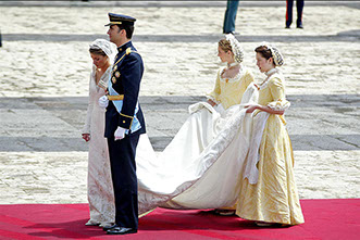 Felipe of Borbon wedding with Letizia Ortiz Rocasolano, at Almudena Cathedral.